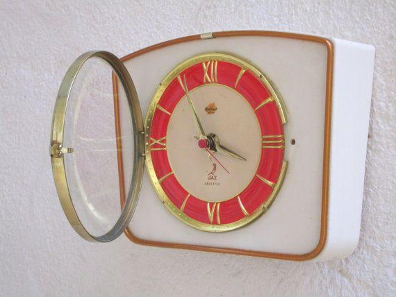Français des années 1950-60 ère atomique JAZ murale horloge - forme géométrique forte - parfait état de fonctionnement état - mi siècle décor Chic - fonctionne silencieusement
