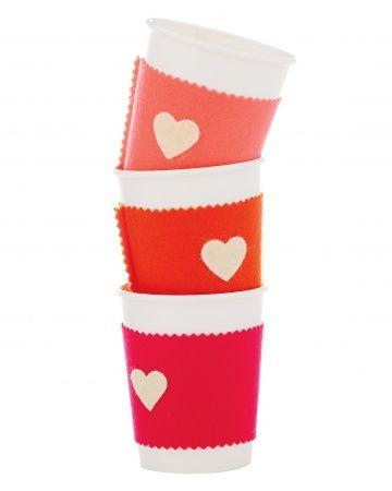 ATELIER CHERRY: Capa de coração para copo de café