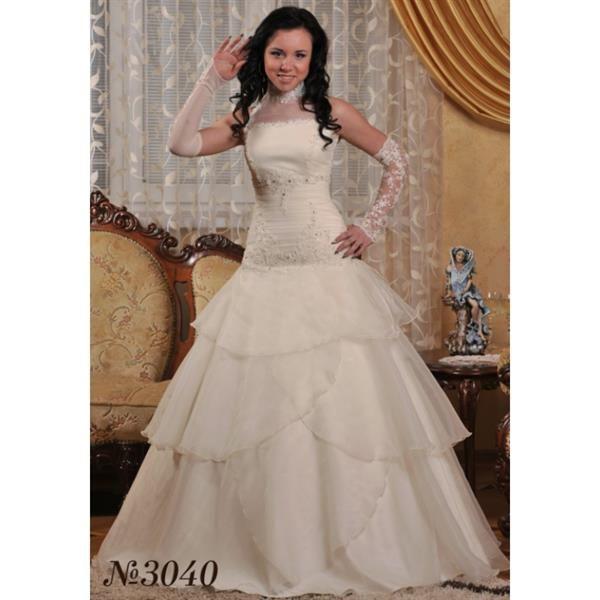 Свадебное платье с заниженный корсетом