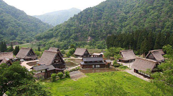 Shirakawa-go and Gokayama Travel: Suganuma