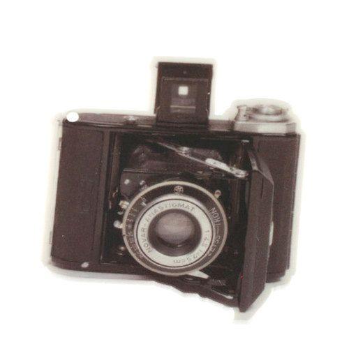 B90 Retro Camera Charm LANDSCAPE vintage acrylic by zapcreatives. £1.40, via Etsy.Retro Cameras, Vintage Cameras, Landscapes Laser, Charms Landscapes, Vintage Charms, Cameras Charms, B90 Retro, Retro Vintage, Laser Cut Acrylics
