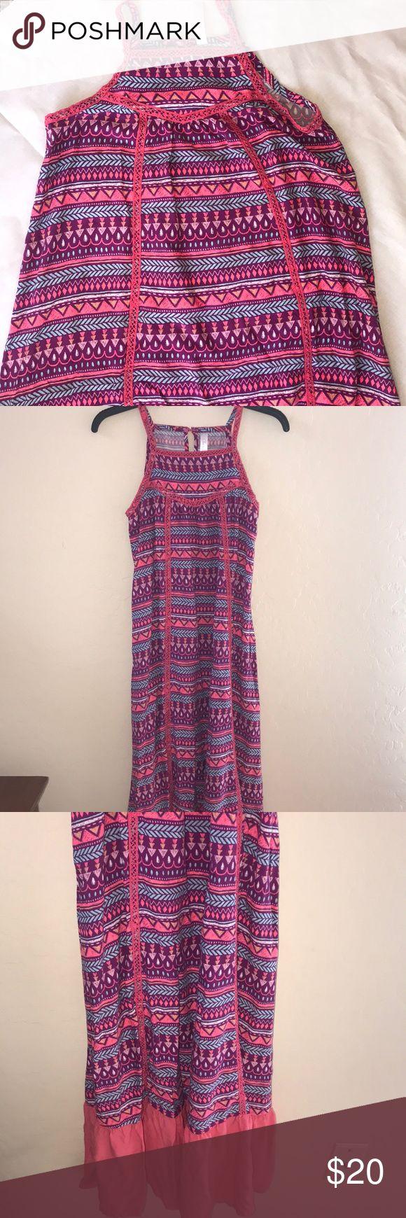 "Cherokee brand summer dress Cherokee brand summer dress Cute good condition  SIZE XL 14-16 armpit to armpit 17 Length 45"" Cherokee Dresses Maxi"