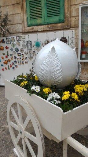 Il grande Pumo di Carella Ceramiche #ceramica #ceramics #ceramic #pigna #pomo #pumo #pottery #pot #Ostuni #puglia #white