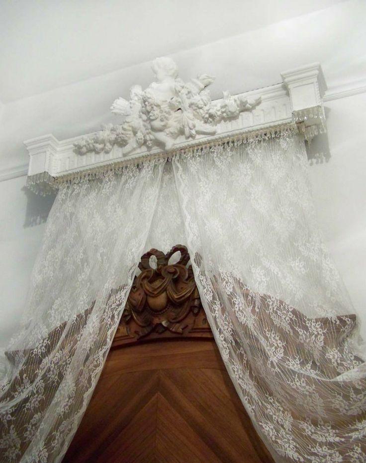 antique french style bed ciel de lit half tester bed canopy vintage chateau chic bed crown. Black Bedroom Furniture Sets. Home Design Ideas