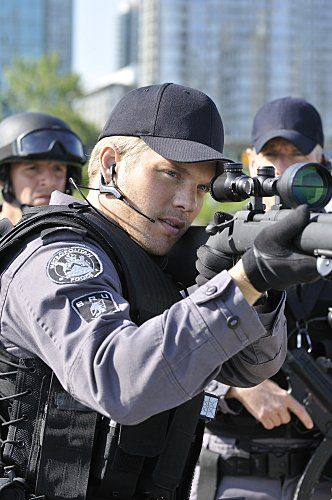 David Paetkau in Flashpoint. Sam was Always an Excellent Shot!! (2008)