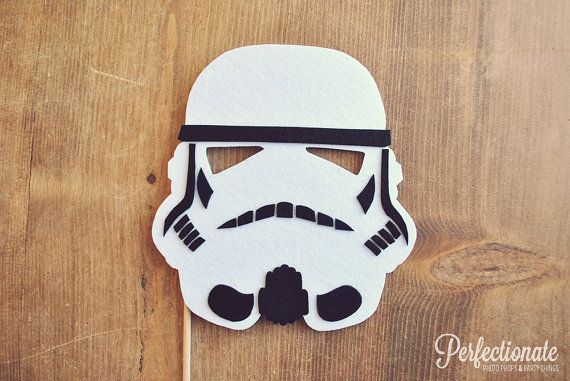 Storm Trooper casque Photo Prop sur un bâton / Stiff senti Prop / / Photo Booth les accessoires de mariage / / Photo Prop