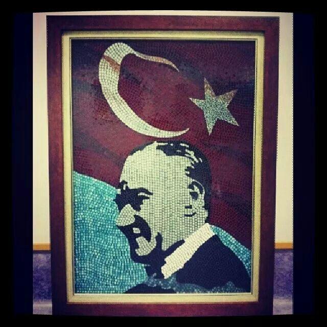 Atatürk. Cam Mozaik tablo.