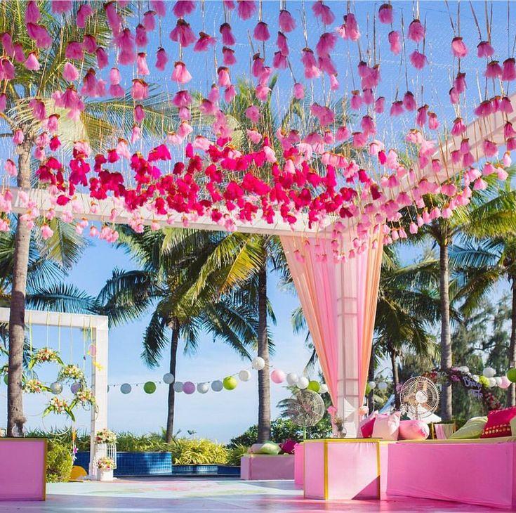 221 best Wedding Floral Deco Inspiration images on Pinterest ...