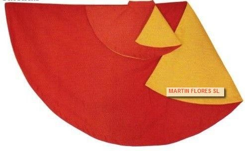 Capote o muleta roja para disfraz de torero, idela para despedidas de soltero o para photocall español andaluz en www.martinfloressl.es #sevilla