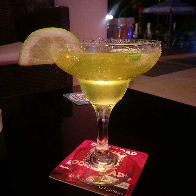 luciaxrossi/2016/08/26 03:25:44/only ever thinks of alex turner when drinking margaritas .. #margaritas #alcohol #cocktail #margarita #lemon #lime #tequila #alexturner #humbug #ArcticMonkeys #thelastshadowpuppets #tlsp #greece #corfu #sidari #summervacation #summer2016 #picoftheday #like4like #follow4follow #tagsforlikes #snapchat #drunk #cute