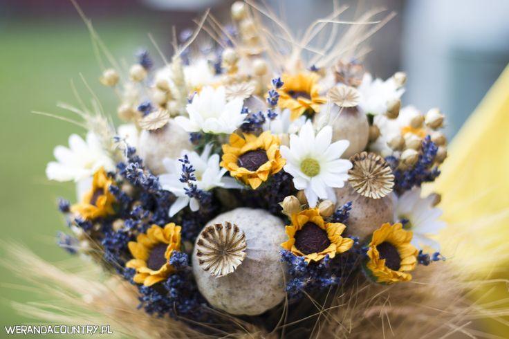 Zboża w dekoracjach. Złote kłosy świetnie komponują się z dekoracjami inspirowanymi naturą. I nie opadają! #wesele #rustykalne #ślub #styl #wiejski #sluby #pannamloda #panmłody #karoca #wóz #trendy2018  #zabawa #dekoracje #ślubne #pomysły #inspiracje  #wedding #bride #bridal #stylish #rustic #village #country #rural #cart #trends2018 #ideas #inspiration #hair #flower #decoration #Свадьба #свадьба #принятие #оформление