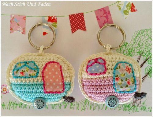 mirigurumi: Retro Caravan Keyring - Free Crochet Pattern by Nach Stich Und Faden.