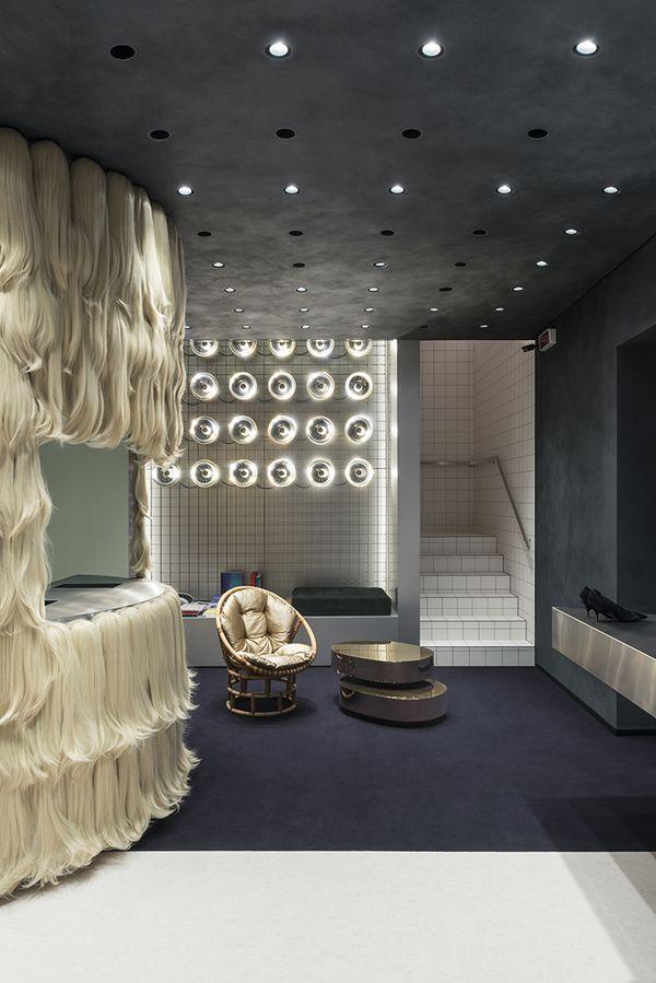 Dimorestudio Signe Un Nouveau Concept Store A Brescia Maison Autour Du Monde Agence Architecture Concept Store