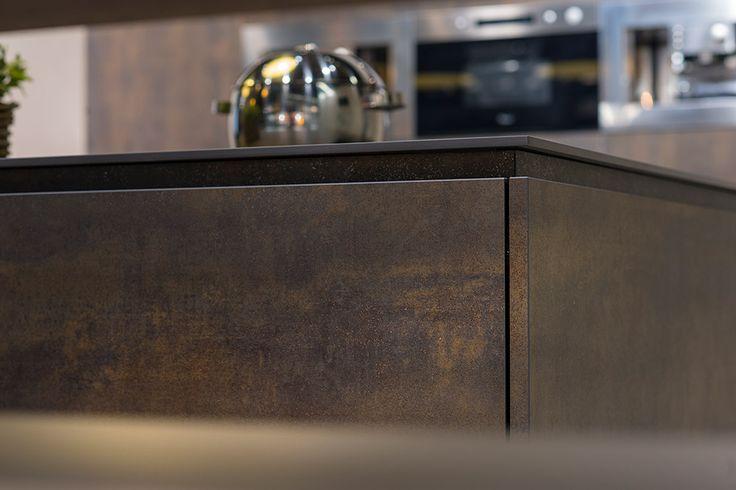 neuer einsatzbereich f r keramik feinsteinzeug fliesen fliesen k che trend fliesen. Black Bedroom Furniture Sets. Home Design Ideas