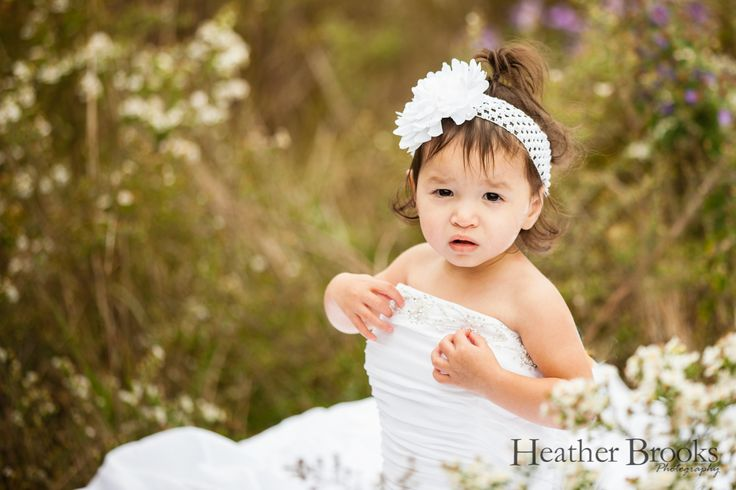 #heatherbrooksphotography #essex #essexphotographer #essexchildrensphotographer #park#weddingdress #littlegirl #littlegirlshair #windsorchildrensphotographer