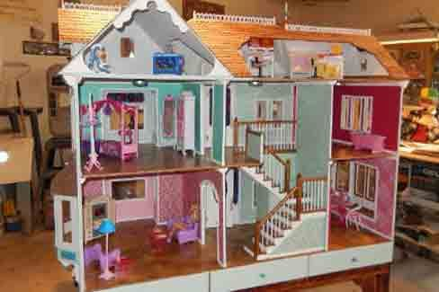 Make the gift of a lifettime. Victorian Barbie doll house plan.