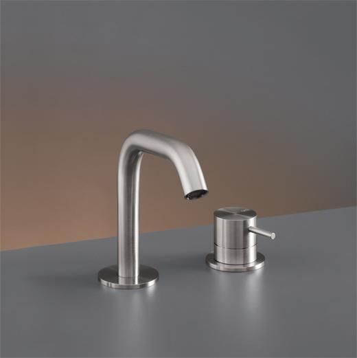 Exceptionnel CEA Two Hole Bathroom Faucet Milo360 Deck Mounted
