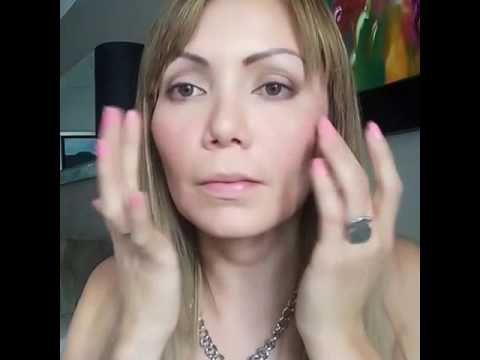 Maquillaje básico con protector solar como base