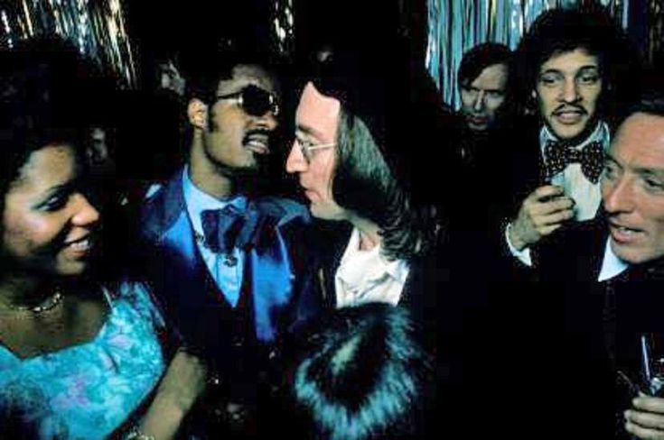 Backstage at Uris Theatre at the Grammy Awards on March 1, 1975 in #NewYorkCity. #johnlennon #steviewonder #andywilliams