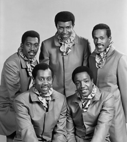 Dennis Edwards, Former Temptations Lead Singer, Dies at 74 - The New York Times