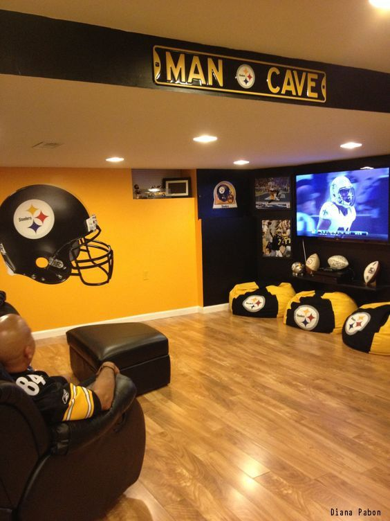 Man Cave Garage Must Haves : Must have items for the ultimate man cave men