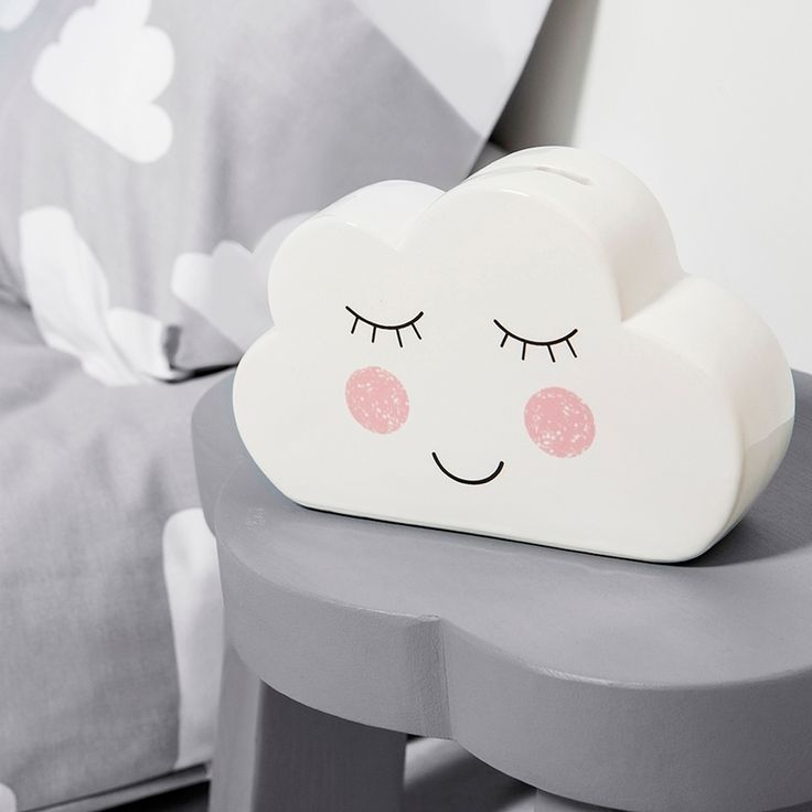 ▲MONEY BOX▲ Because sometimes your traditional piggy bank just won't do!☁️ This gorgeous gender neutral sleepy cloud money box would look lovely in either a grown-up or kids room…the details are beautiful, even down to the cute and uplifting wording on the back: 'Reach for the sky'and if clouds are your thing then make sure you take a look at our online store, as there are plenty more where this came from! Link is in our bio ∙ ∙ ∙ #SassAndBelle #MoneyBox #SleepyCloud #Cloud #CloudAccessories…