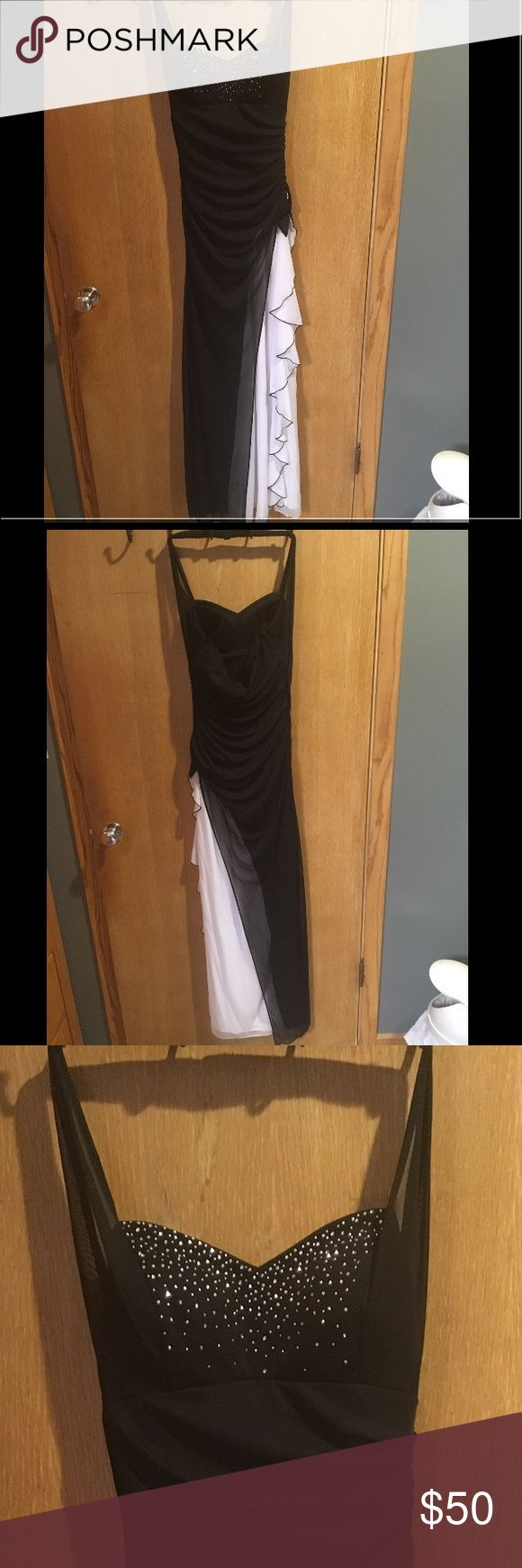 Formal dress Formal black and white dress, hemmed to fit size 7/8. I tried to zoom in so you can see the dress better. I'm 5'7 and the dress fit me perfectly length wise, feel free to make an offer Dresses Prom