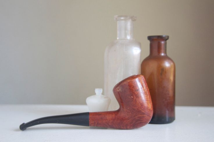 Estate Pipe, Italy, Dublin Shape, 1/4 Bend Tobacco Pipe, Beautiful Grain, Gift For Dad, Grandpa, Under 50, by FalconandFinch on Etsy https://www.etsy.com/listing/247082145/estate-pipe-italy-dublin-shape-14-bend