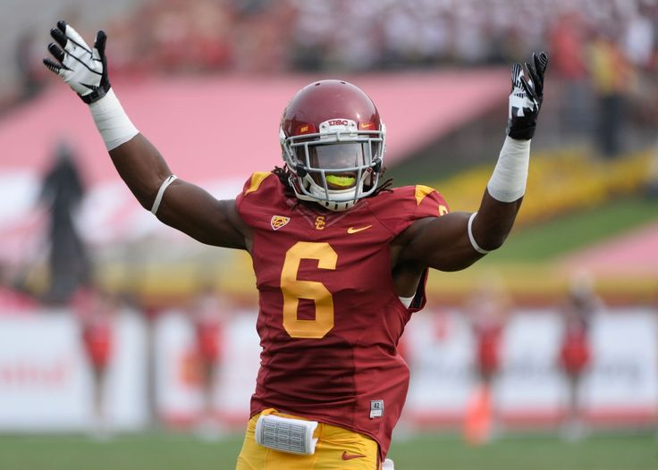 USC football player injured after jumping from balcony to save nephew from drowning