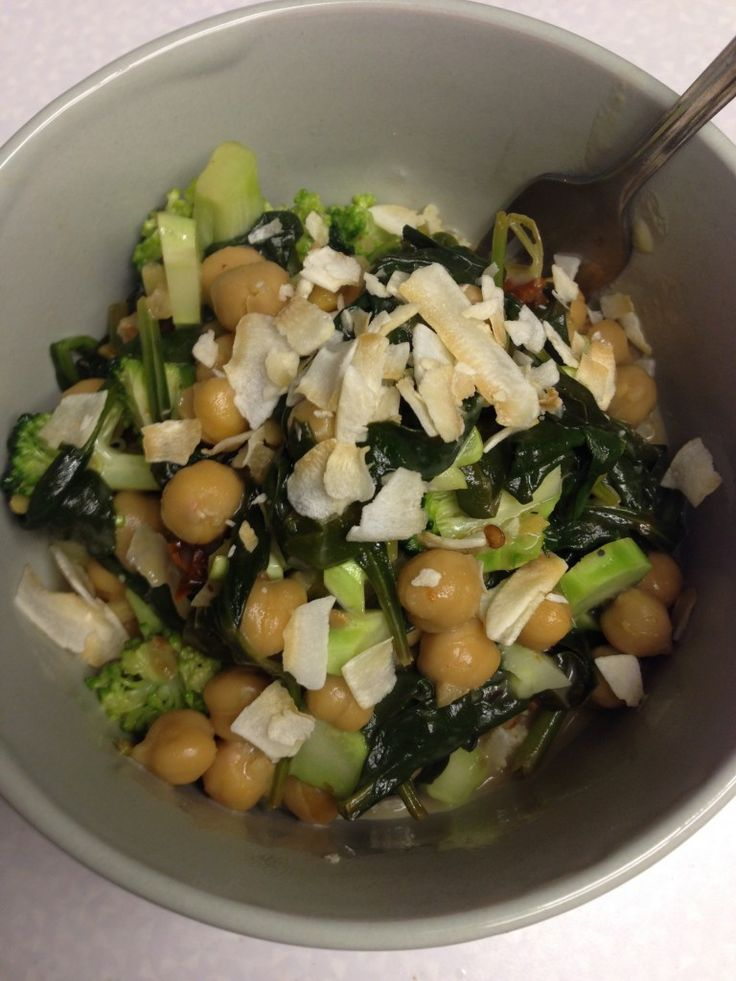 #162 + Updates. Braised chickpeas, spinach, & broccoli in coconut ...