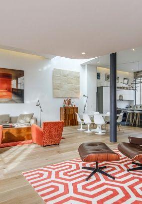 Transformer l'ancien hôtel particulier où vécut la meneuse de revue Joséphine Baker en un duplex-loft bioclimatique, c'est le challenge que se sont lancé l'architecte François Pélegrin et son épouse Evelyne quand ils ont découvert ce lieu de rêve. Ils ont maintenant eux aussi deux amours, leur loft et Paris.