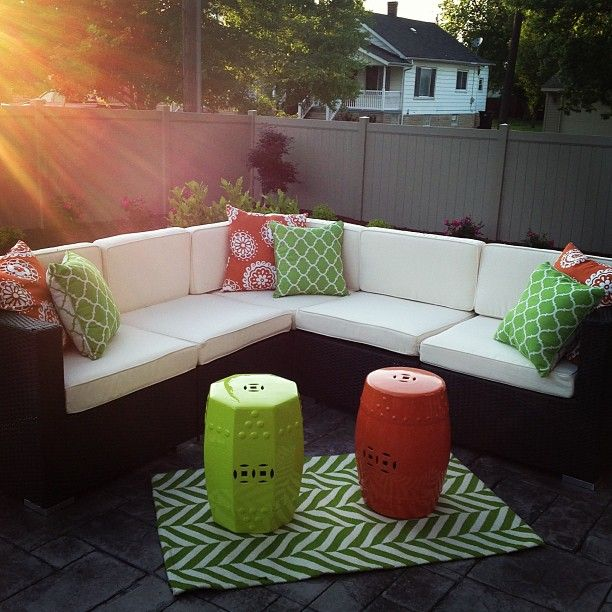 Charming We Love This Patio Set Up...so Fresh And Modern. Plus