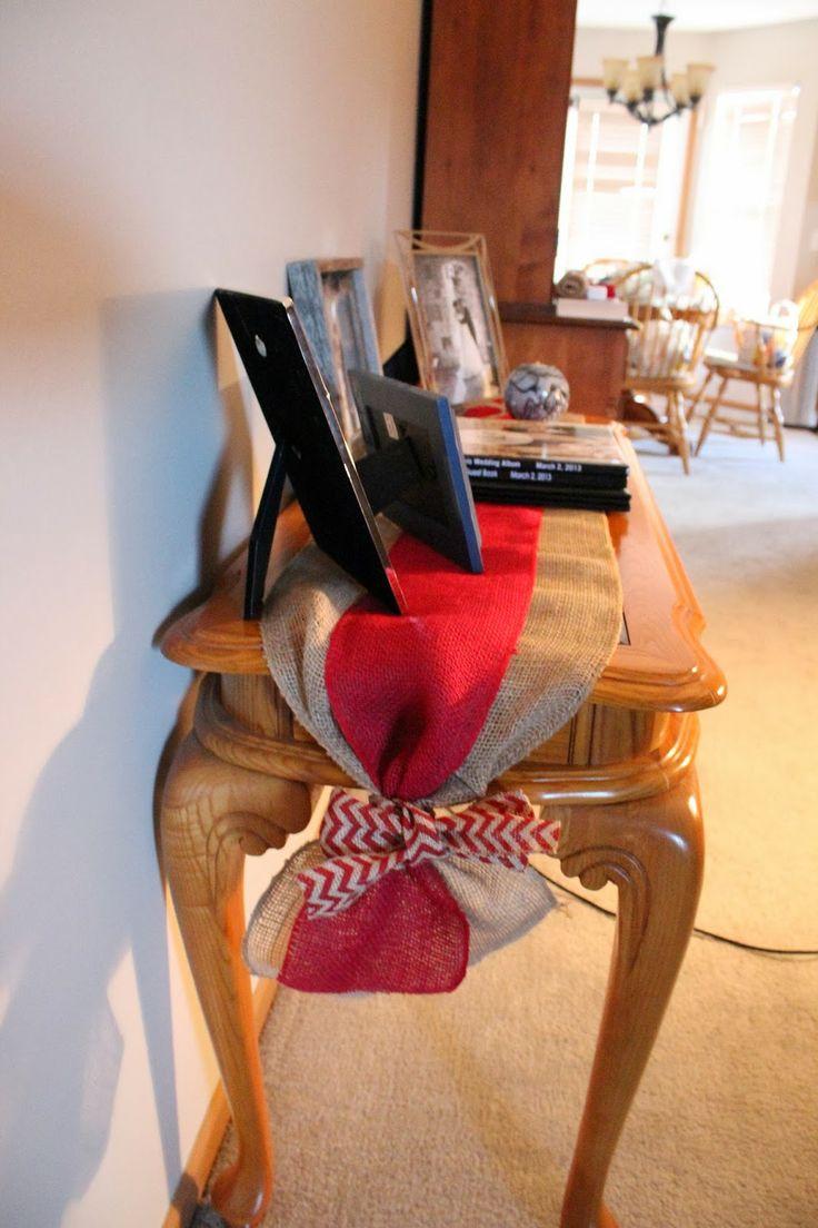 DIY: Burlap Table Runner for the table? @Julie Forrest Forrest Forrest Forrest Forrest LeBlanc