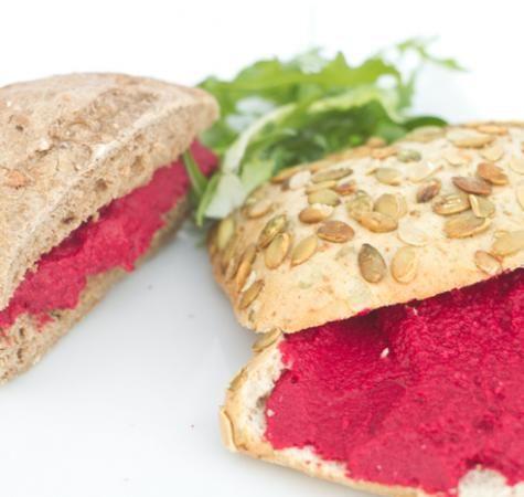 Bietenhummus • EVA, verleidelijk vegetarisch HEERLIJK!!