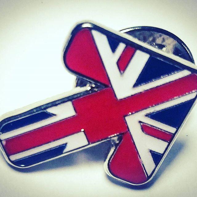 Union Jack enamel pin badges we produced #pingame #enamelpins #unionjack #pingamestrong #pins