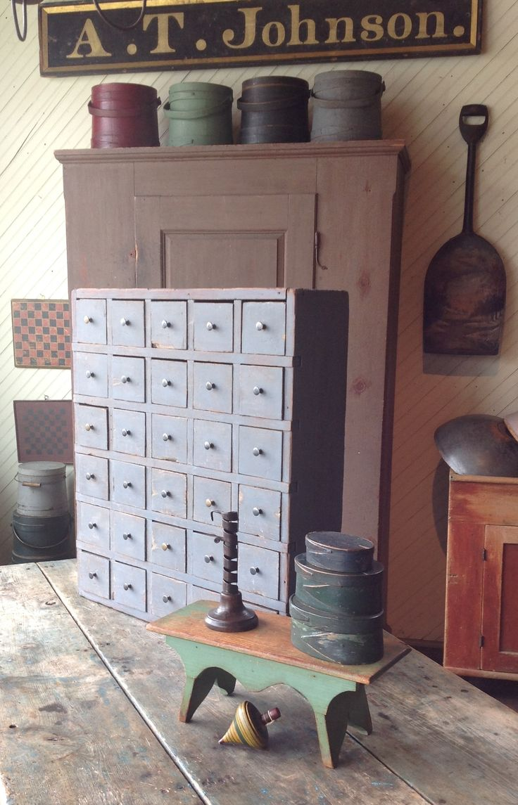 Primitive furniture - Find This Pin And More On Primitive Furniture