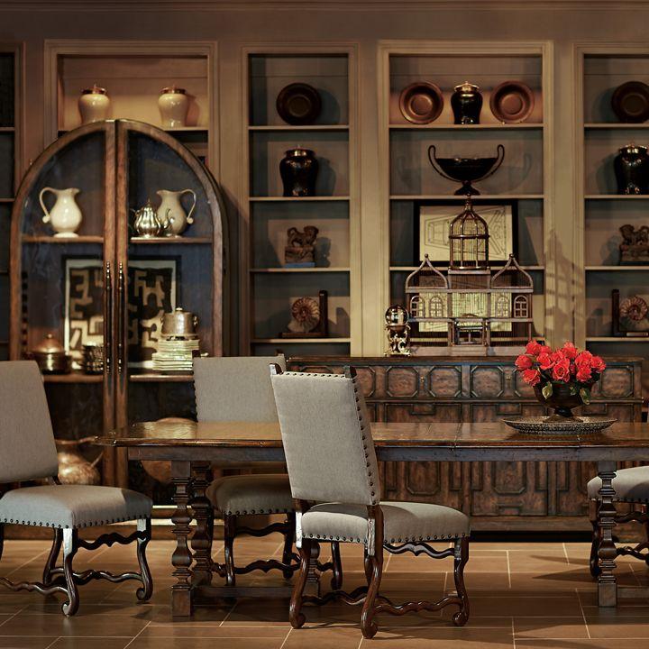Bernhardt. Vestige Dining Room, Flat Cut Plantation Mahogany Veneers