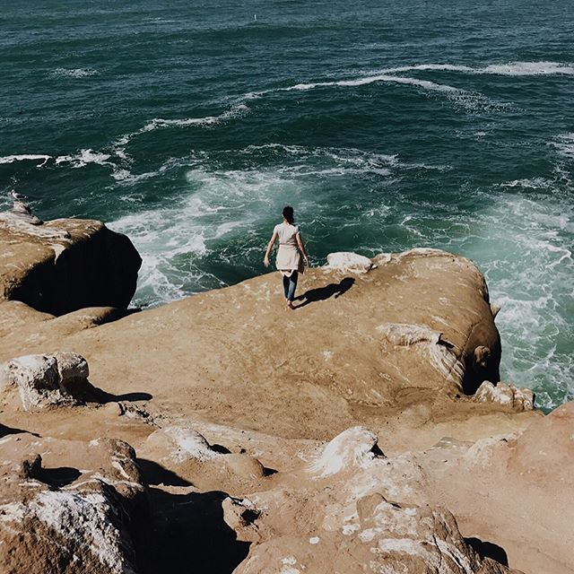🌸#vsco #cali #california #sandiego #vscocam #lajolla #cliff #ocean #sea Pc: My niece Aby aha 👩🏽 #sandiego #sandiegoconnection #sdlocals #sandiegolocals - posted by ⠀⠀⠀⠀⠀⠀⠀⠀⠀⠀⠀⠀Teresa Villagomez https://www.instagram.com/t.vgmz. See more post on San Diego at http://sdconnection.com