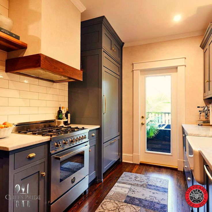 Never think your kitchen's too small for BIG #Bertazzoni personality! This 90 cm #Professional #Hybrid #stove looks beautiful in small spaces!   To locate a dealer near you: http://www.chefspride.co.za/contact-us/