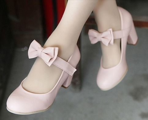 Cute Lolita bow shoes  US size: 4 4.5 5 5.5 6 6.5 7 7.5 8 8.5 Color: Blue, Soft Pink, Beige, Black, Orange-Brown  Toe Shape: Round Toe Decorations: Bowtie   Please choose color and size