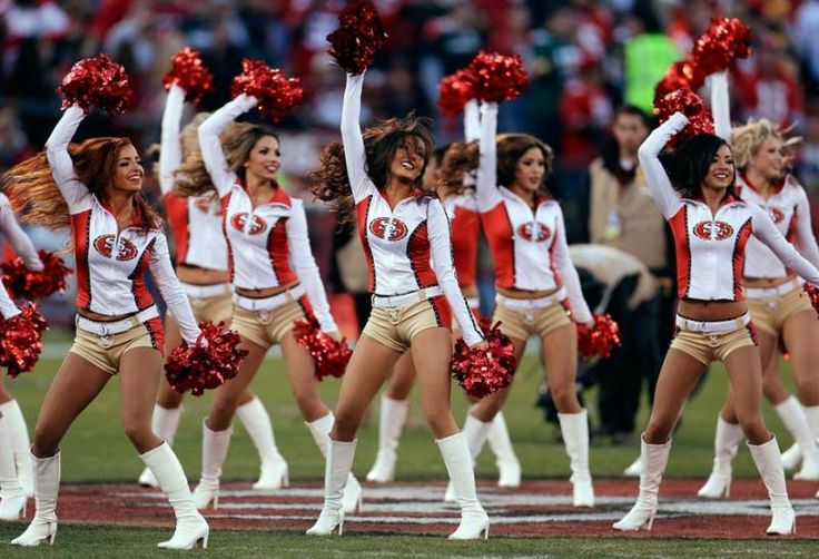 San Francisco 49ers cheerleader