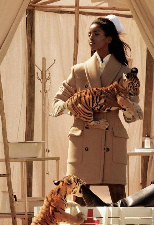 Fashion Black Models Issue Safari