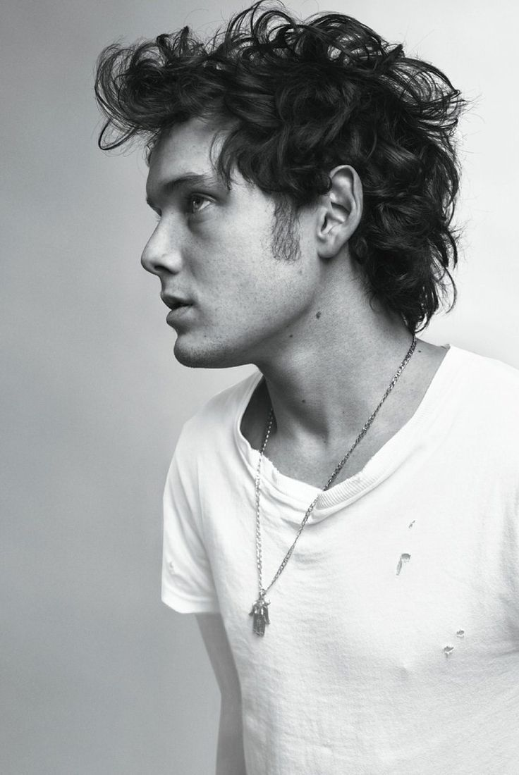 Anton Yelchin. Love this man.