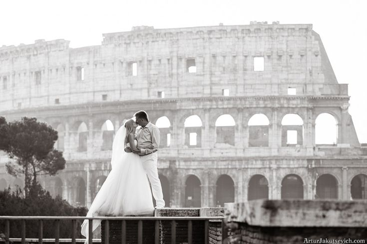 Destination wedding in Italy - *sigh* I want this to be me...