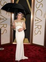 This Oscar dress would be great as wedding dress - KELLY OSBOURNE in Badgley Mischka