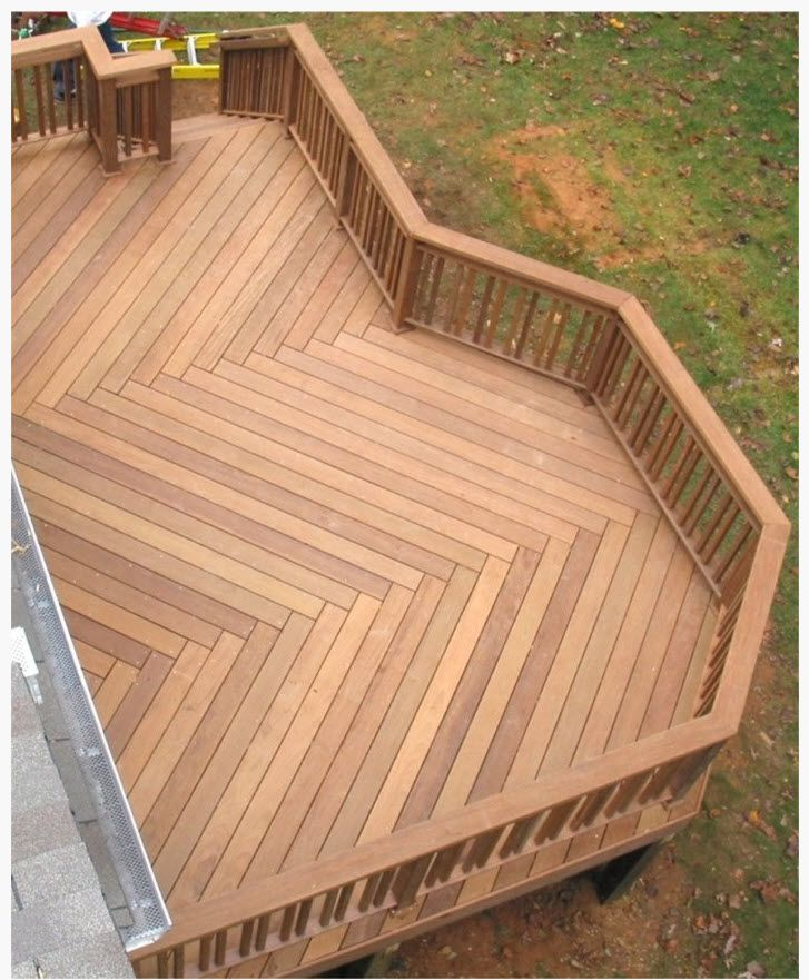 another great deck idea, put some built in benches and it's perfect for cookouts