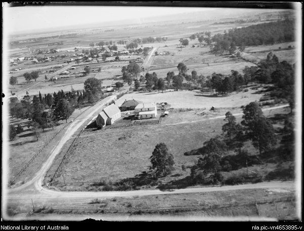 Searle, E. W. (Edward William) 1887-1955. Aerial view of Wilberforce, New South Wales, ca. 1935 [picture]