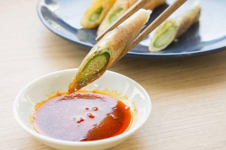 嘘かと思うほどウマい!「アスパラと春巻きの皮」だけの簡単レシピにネット喝采! - macaroni
