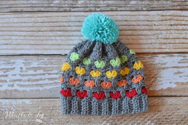 Bu modeli daha çok bebek battaniyesi modelinde görmüştüm. Şapka modelleri olarak düşünmemiştim. Şapka olarak da çok şık durmuş. Sizlerde beğendiğiniz örgü