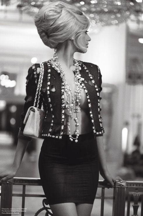 Zahia Dehar in Chanel - єtєгภαℓ ℓuχє ● ♔ℓadyℓuχury ♔